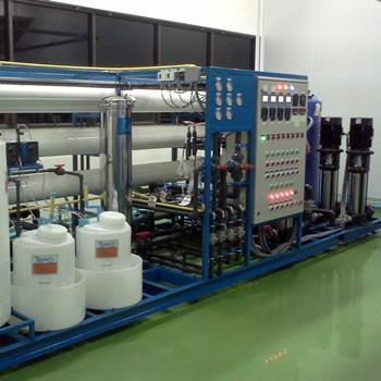 ระบบเครื่องกรองน้ำ RO สำหรับอุตสาหกรรมอาหารและน้ำดื่ม